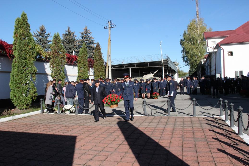 В мероприятии приняли участие руководство и личный состав УФСИН территориального органа, ветераны УИС КБР, члены семей погибших сотрудников¸ священнослужители.